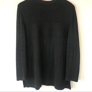 St. John Pullover Sweater, Large